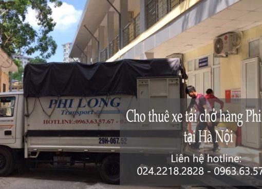 Xe tải chở hàng thuê tại phố Ngô Thì Nhậm